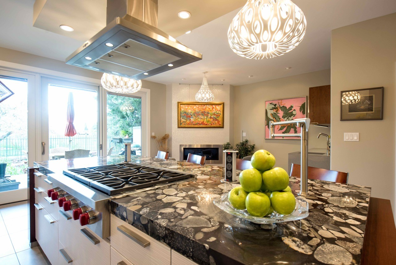 Design By: Montage Design Studio (Steffen Andrews + Christine Stegehuis) General Contractor: R Squared Design Build (Tom Restivo) Cabinets: Caruso Kitchens Countertops: YK Stone Center Tile: Porcelanosa