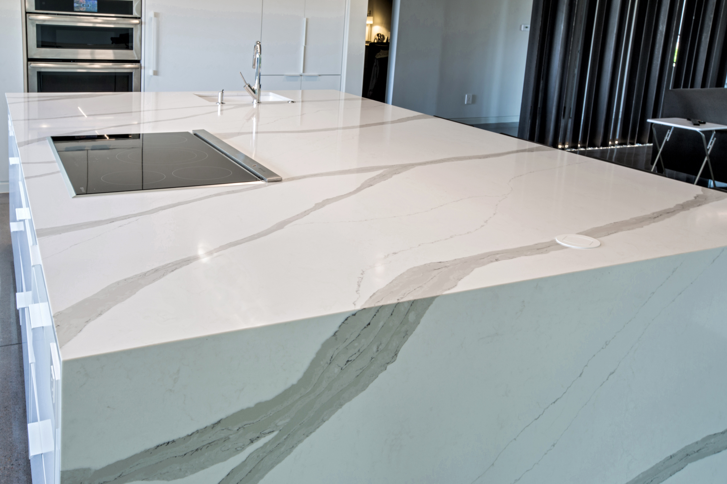 2cm Arabescato quartz pental surfaces, yk stone center denver co, fabrication and installation company denver